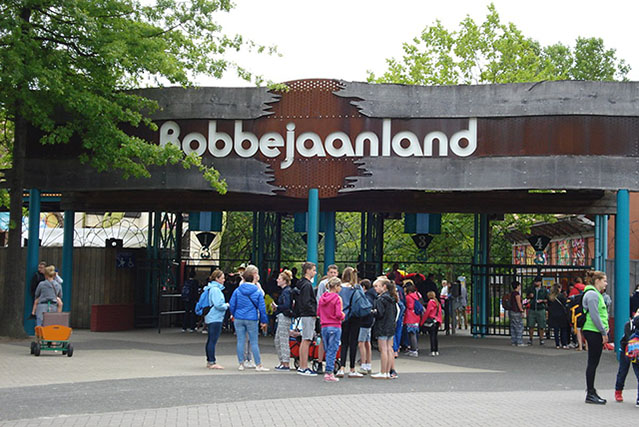 Bobbejaanland amusement park uses UV-C light to disinfect the park